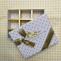 9格朱古力盒(黑.黃.紅.粉紅.紫.白.深藍色選擇)